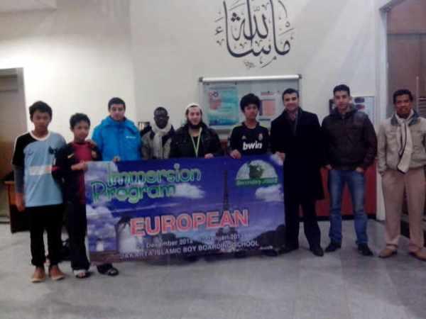 31 des 12 Foto bersama jamaah dan pengurus masjid essalam rotterdam